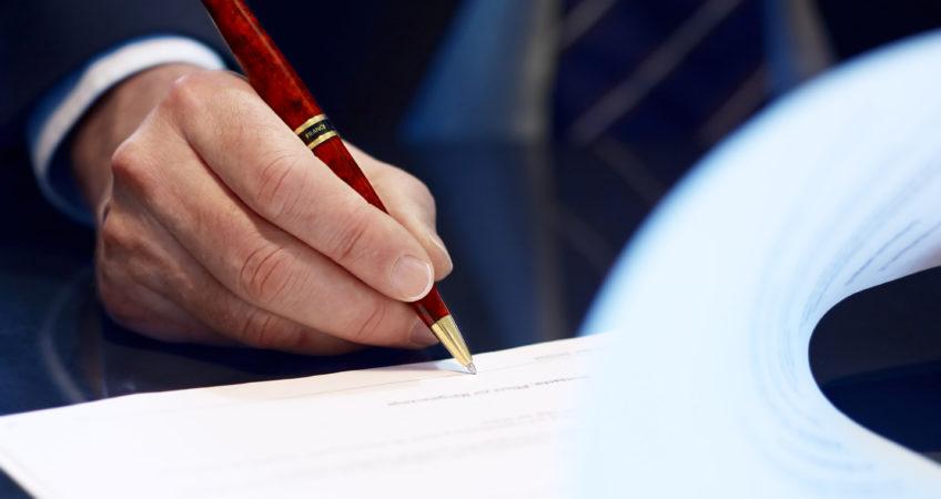 Przysługiwanie gminie prawa pierwokupu w razie sprzedaży nieruchomości nabytej w drodze przekształcenia prawa użytkowania wieczystego w prawo własności